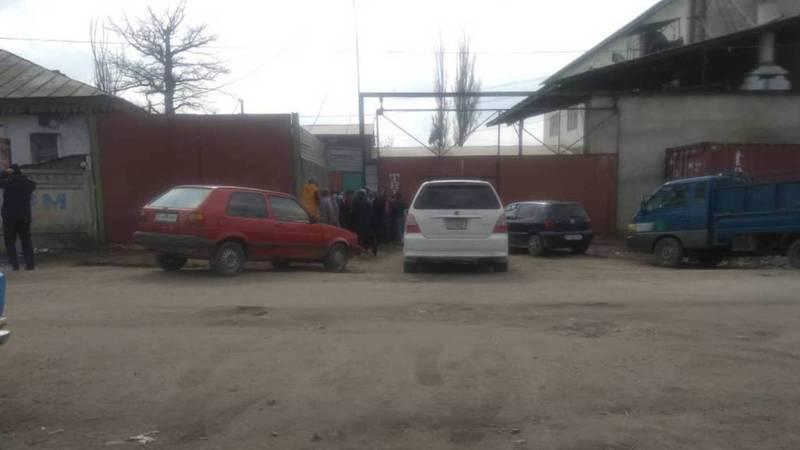 В городе Каракол на мельнице очередь за мукой, - очевидец. Видео, фото