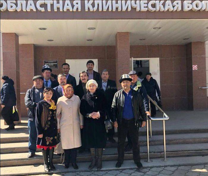 Кыргызская диаспора в Москве навестила 8 кыргызстанцев, пострадавших при ДТП, которое произошло в Рязанской области