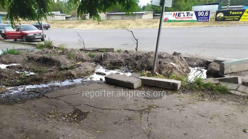 На ул.Фрунзенская в Кара-Балте утечку воды устранят в начале июля