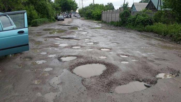 Планируется ли асфальтирование ул.Кокчетавской, которая вся в ямах и лужах? - бишкекчанин