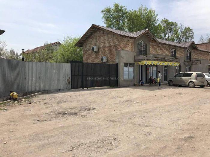 Законно ли возведен объект на пересечении улиц Кулатова и Каракульская?