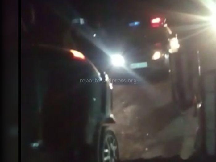 На участке автотрассы Бишкек—Кара-Балта произошло ДТП (видео)