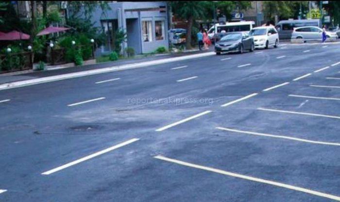 Мэрия о люках на дорогах города: все люки устанавливаются на уровне дорожного полотна