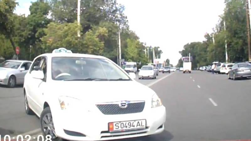 Три нарушения ПДД водителя «Тойоты» попали на видео