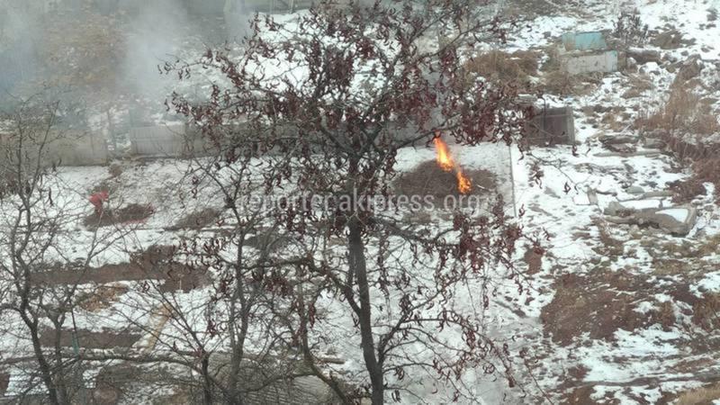 Мэрия предполагает, что на Исанова-Рыскулова электрические кабели сжигали бомжи