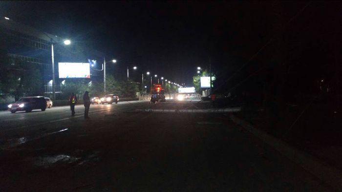 Джип с девушкой за рулем врезался в столб на правительственной трассе <i>(фото)</i>