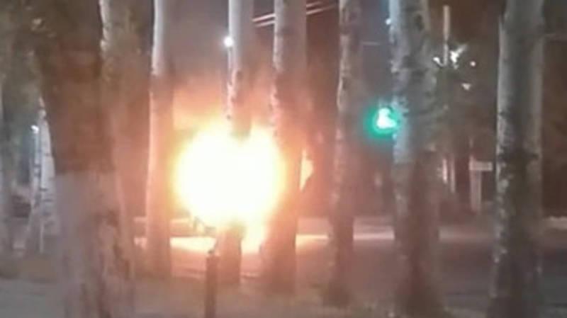 Видео — На Ч.Айтматова-Горького сгорела машина