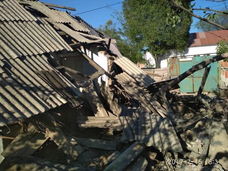 В Бишкеке взорвался дом. Фото