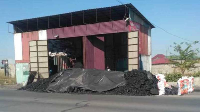 МТУ оштрафовало продавцов угля на улице Муромской, - мэрия