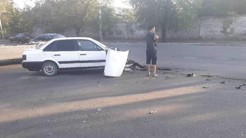 ДТП на ул.Садыгалиева. Грузовик снес перед «легковушке». Видео и фото