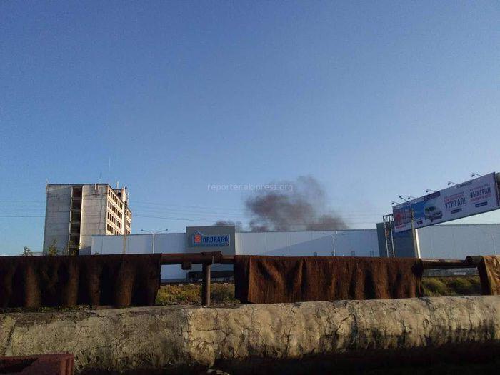Госэкотехинспекция о черном дыме за супермаркетом «2 прораба»: Идет сбор данных