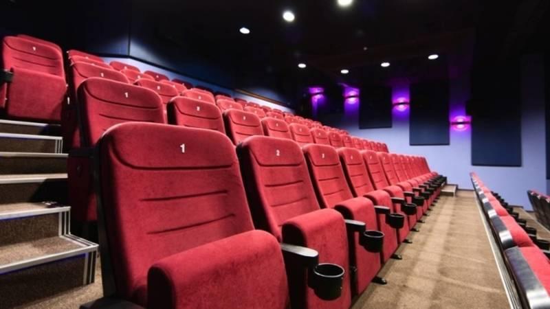 Почему в Бишкеке не открывают кинотеатры, когда рестораны проводят тои на 200 человек?