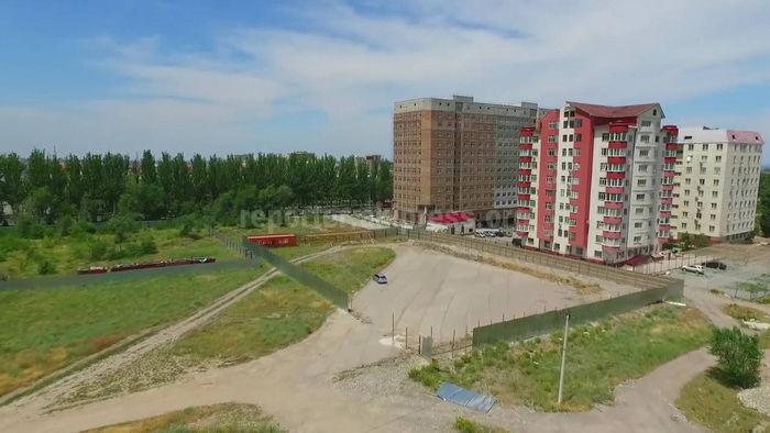Видео — Законно ли идет подготовка к строительным работам на участке перекрестка Айтматова и Масалиева?