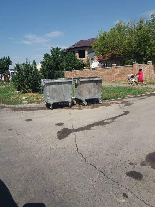Мэрия: Сотрудники МП «Тазалык» вывезли мусор на улице Омуракунова в Ак-Орго