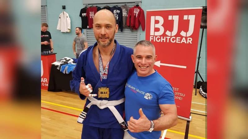 Внезапно! Максим Бакиев стал спортсменом и завоевал золото на турнире по джиу-джитсу в Лондоне