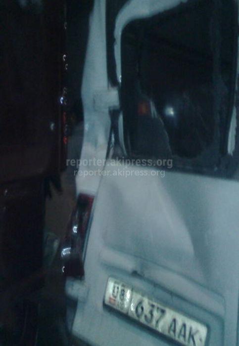 На проспекте Дэн Сяопина грузовик врезался в маршрутку <i>(фото)</i>