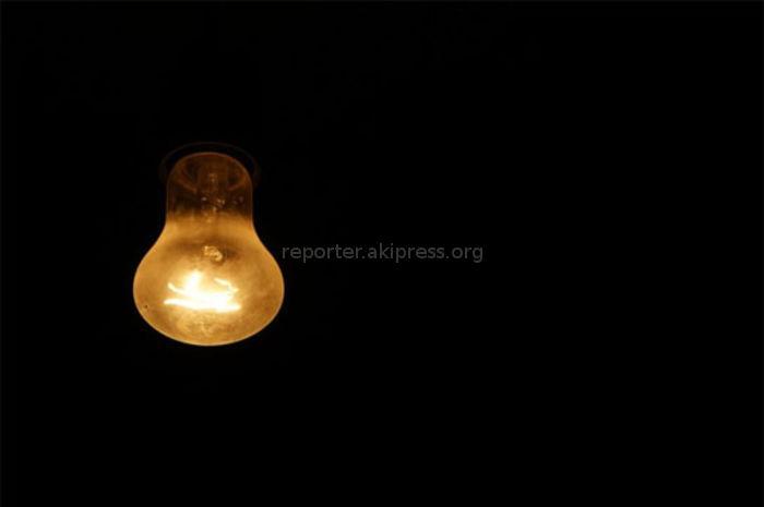 В доме №90 по ул.Масалиева в Оше нет электричества, - житель