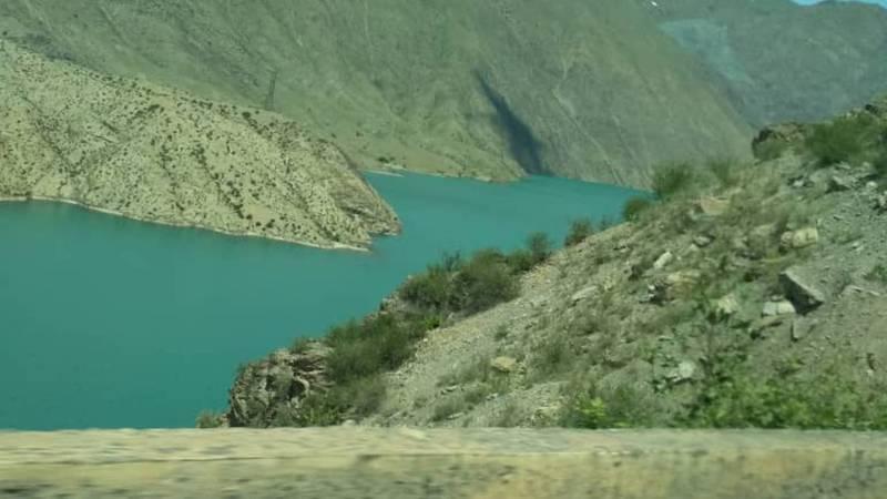 Красота Токтогульского водохранилища. Фото