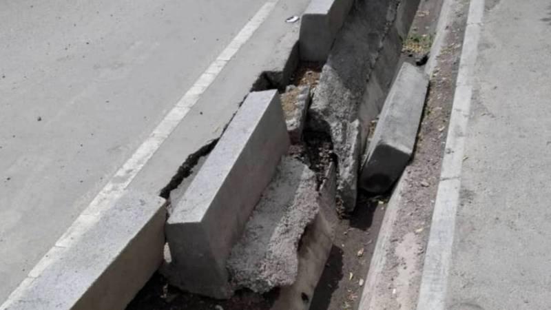 Отвалившиеся бордюры на ул.Кустанайской будут восстановлены на этой неделе, - мэрия