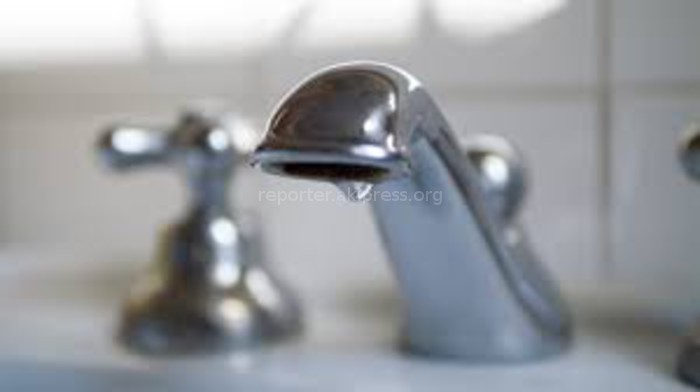 В мкр Улан-2 каждый вечер прекращается подача питьевой воды, - житель