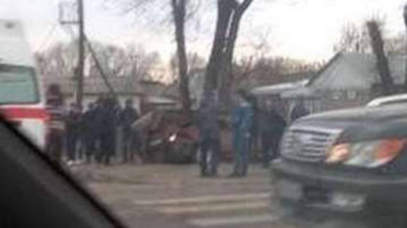 На Боталиева-Орозбекова столкнулись две легковушки (фото)