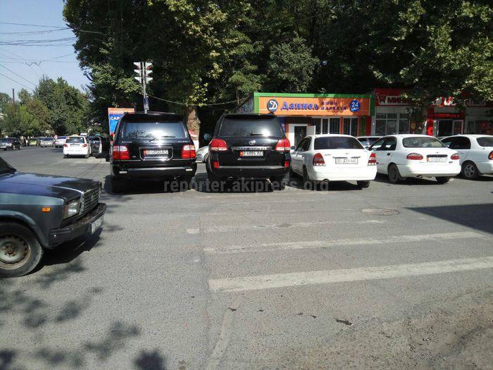 <b>«Доска позора»</b>: Водители, которые не слышали о Правилах дорожного движения <i>(фото, видео)</i>