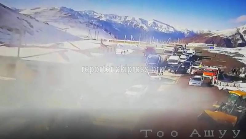 Видео — Тоннель в дыму. Что произошло на Төө-Ашуу?