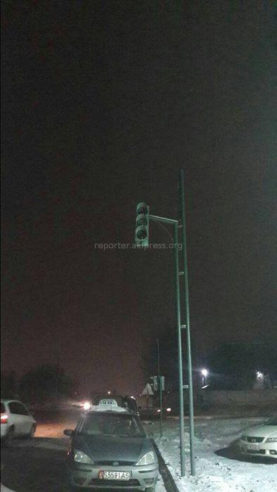 Работы по установке нового светофора на Ахунбаева-Муромской еще не завершены, - мэрия Бишкека
