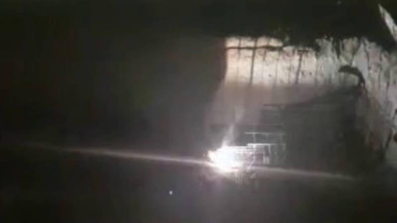 На Ахунбаева–Тыналиева ведутся строительные работы ночью (видео)