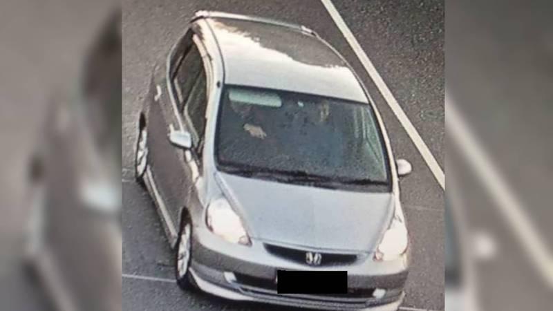 В Кара-Суйском районе водитель «Хонды Фит», двигаясь на большой скорости, сбил сотрудника УОБДД (видео)