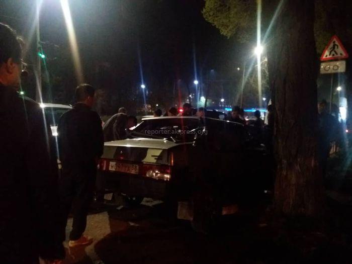 Видео, фото — На перекрестке Льва Толстого-Панфилова произошло ДТП