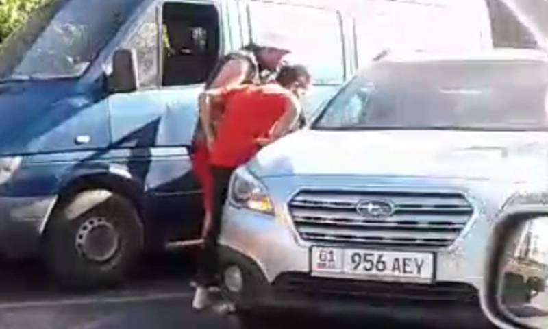 «Как?»: ДТП на Л.Толстого, столкнулись три автомашины