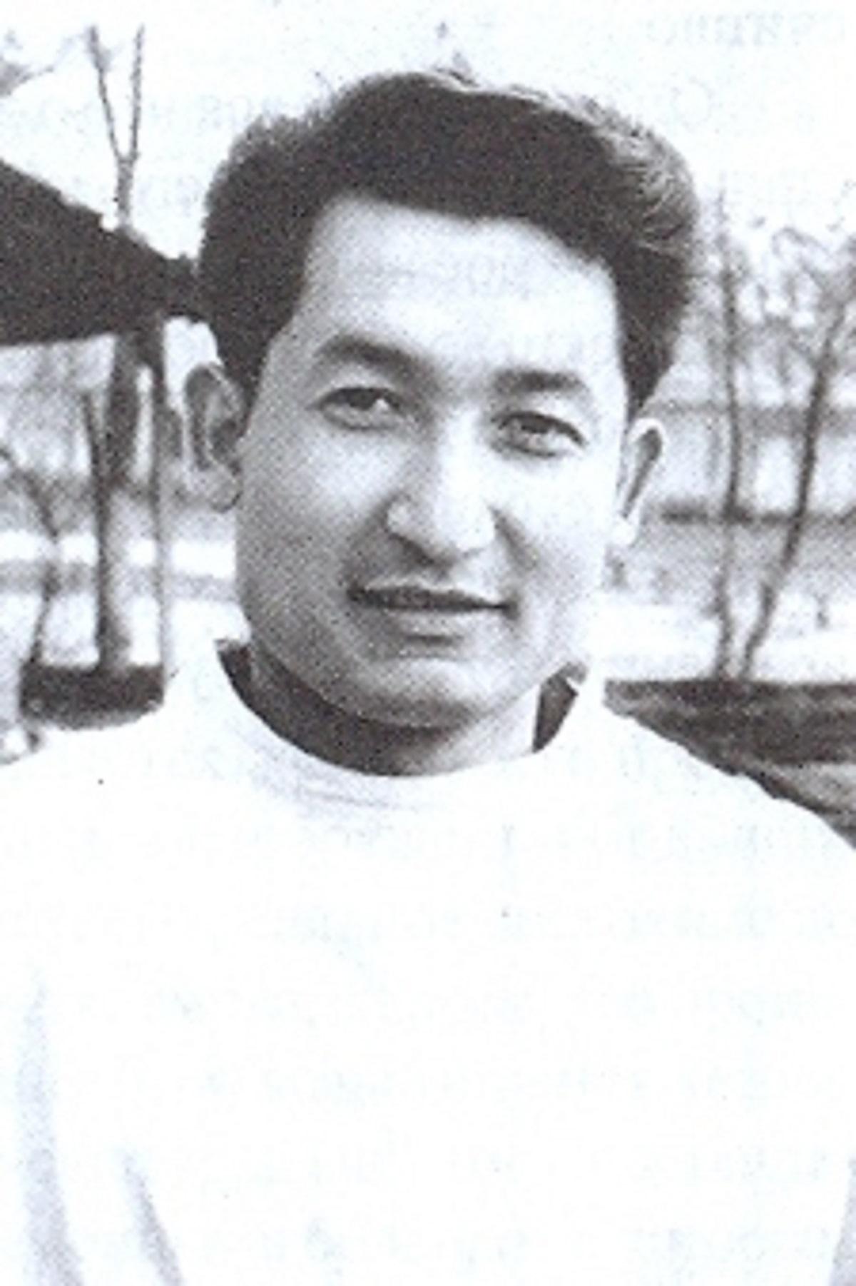 Акрамов