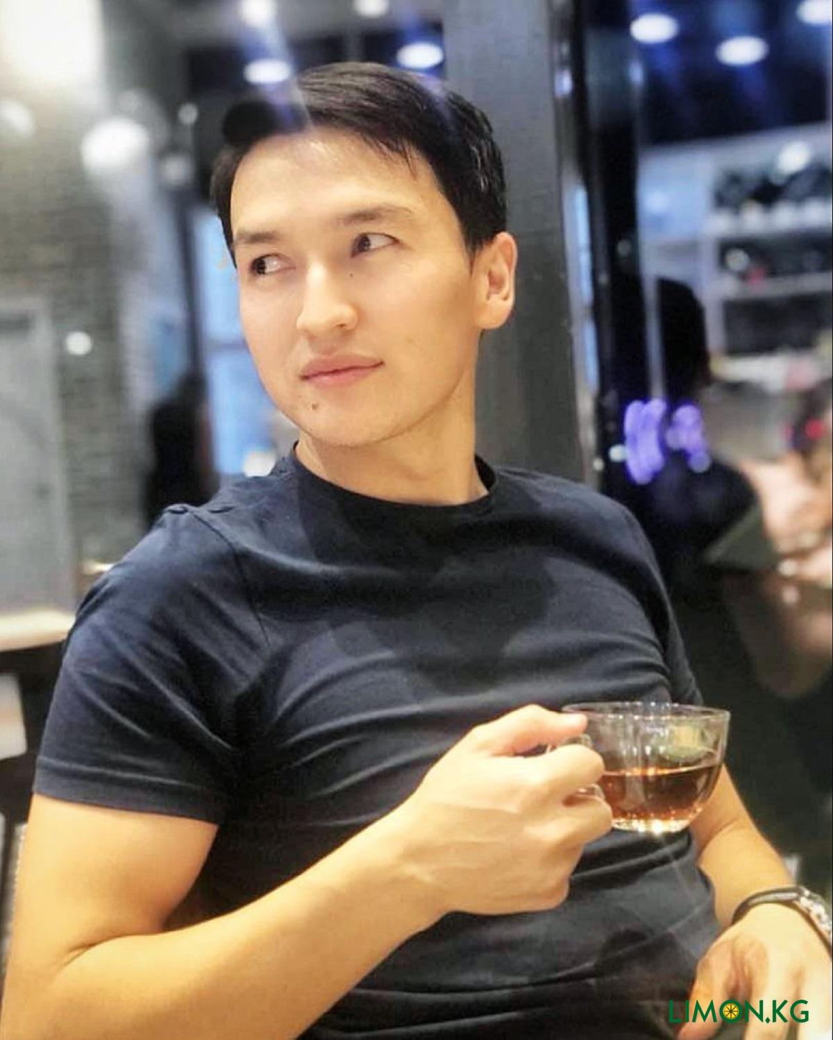 Урмат Алыбаев