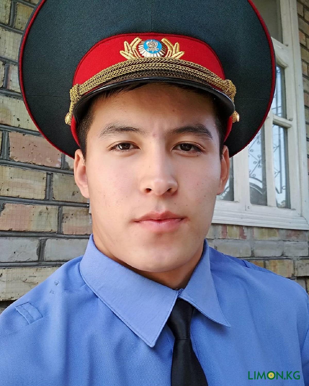 Кылычбеков Нурсултан рядовой милиции1