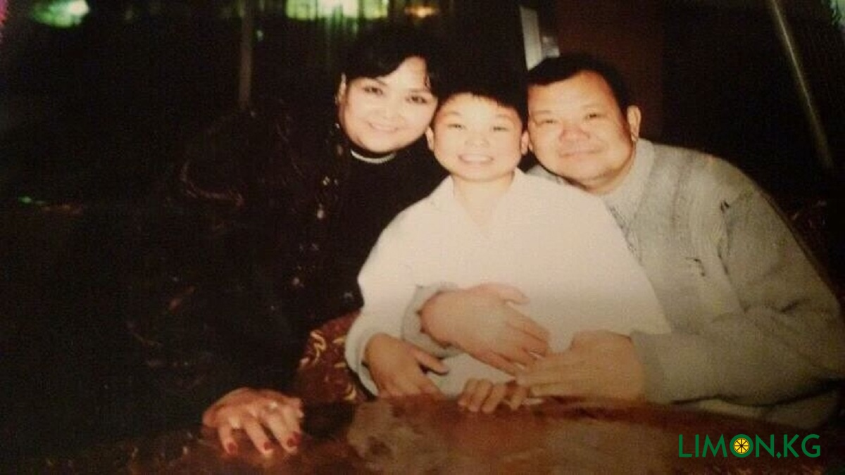 Родители Гулжигита