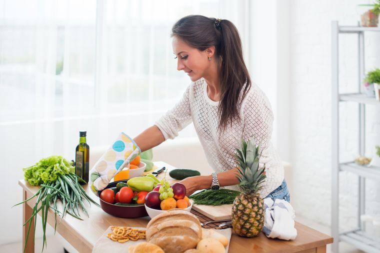 посуда для девушки