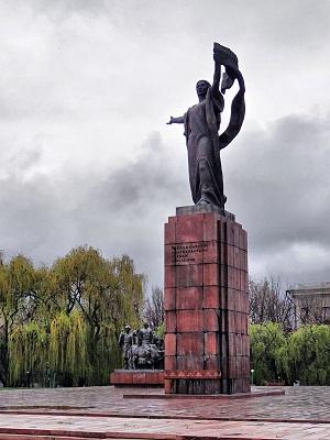 Уркуя Салиева