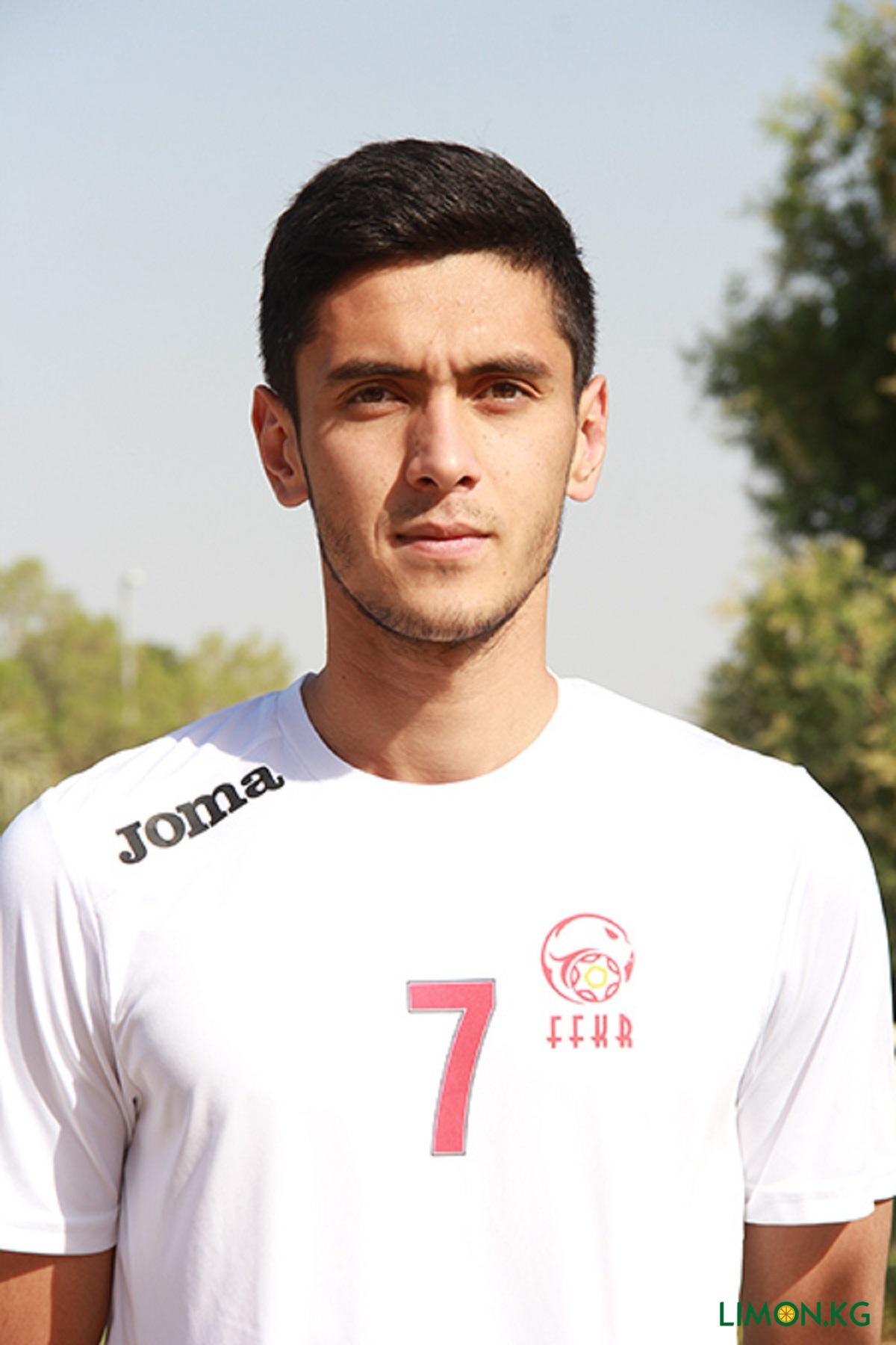 Акрам Умаров