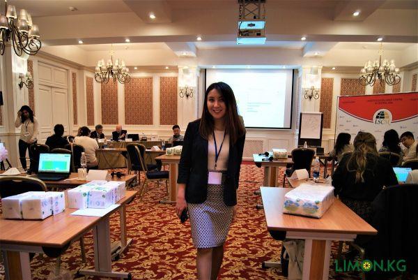 Алтынай Волонтерство на Международном семинаре по Логистике в Бишкеке (2018)