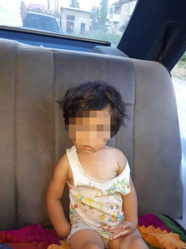 Потерявшаяся 1,5-годовая девочка из Аксы