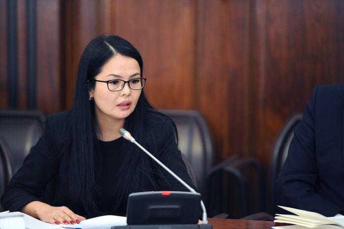 айнура туйбаева