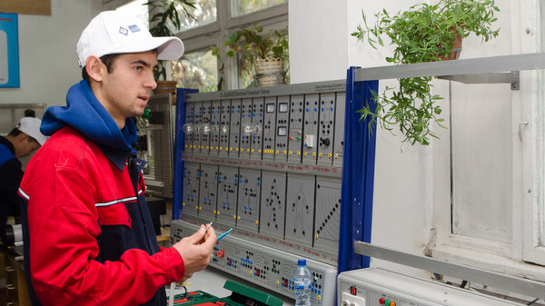О новых рабочих специальностях в профлицеях рассказали в АПНО