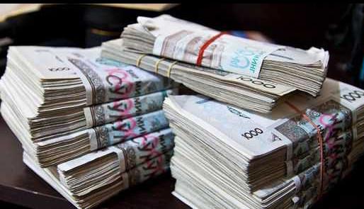 Узбекистан лидирует в СНГ по займам в финансовых институтах