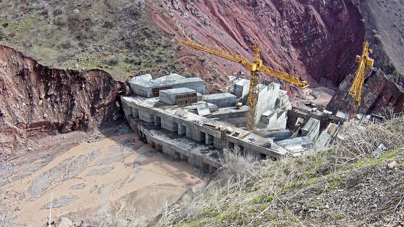 Нацбанк Таджикистана призывает ЕБРР профинансировать строительство Рогунской ГЭС