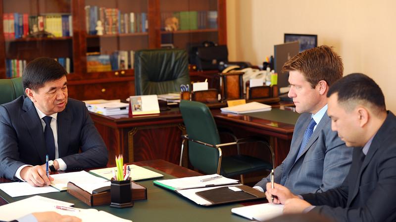 Премьер М.Абылгазиев неделю назад встретился с исполнительным директором Centerra Gold Скотом Перри