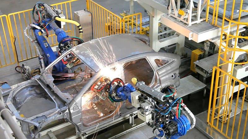 Около 26 тыс. легковых и грузовых автомобилей на $440 млн произведено в Казахстане за 10 месяцев