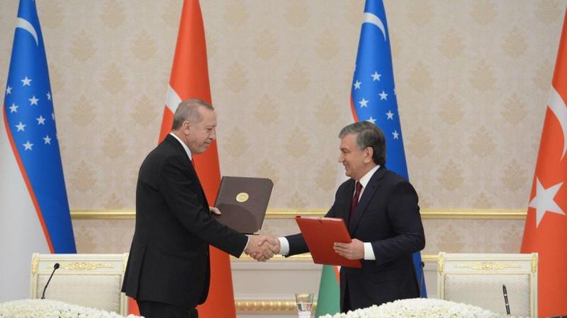 Узбекистан и Турция подписали более 20 документов и достигли соглашения по инвестиционным проектам на $3 млрд