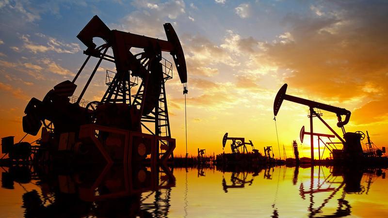 Крупнейшие мировые трейдеры ожидают цену на нефть в диапазоне $65-$100 в 2019 году
