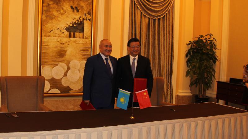 Казахстан начнет экспортировать в Китай 20 новых продуктов